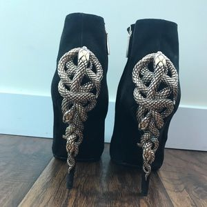 930922e5cb Roberto Cavalli Shoes -  1100 Roberto Cavalli Ankle Boots Gold Snakes 37